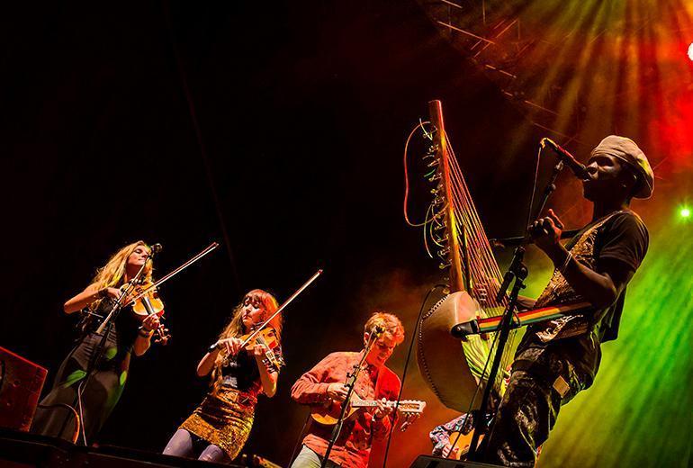 Världens Band