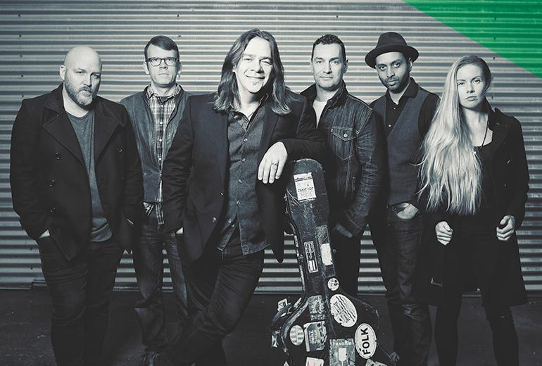 Alan Doyle (CAN)