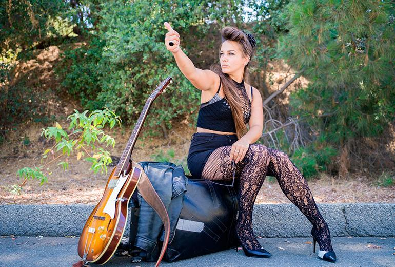 Ghalia Volt  - solo